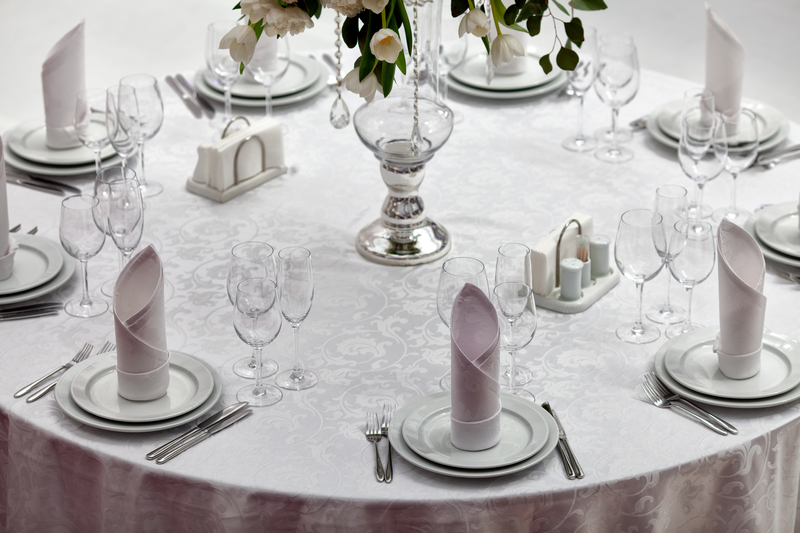 Holiday party linen, party linen rental