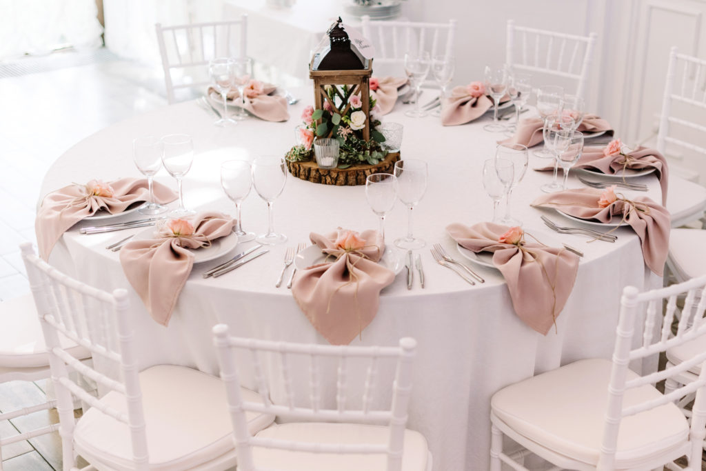 Pretty table wedding rentals.